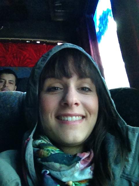 Caro im Kühlschrank-Bus